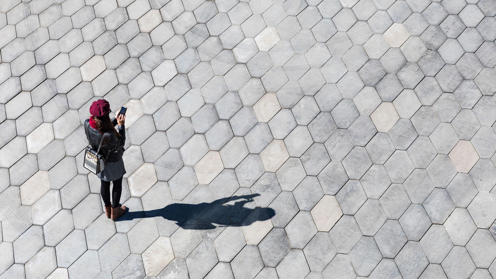 Spionage-Apps lesen Nachrichten und Fotos aus
